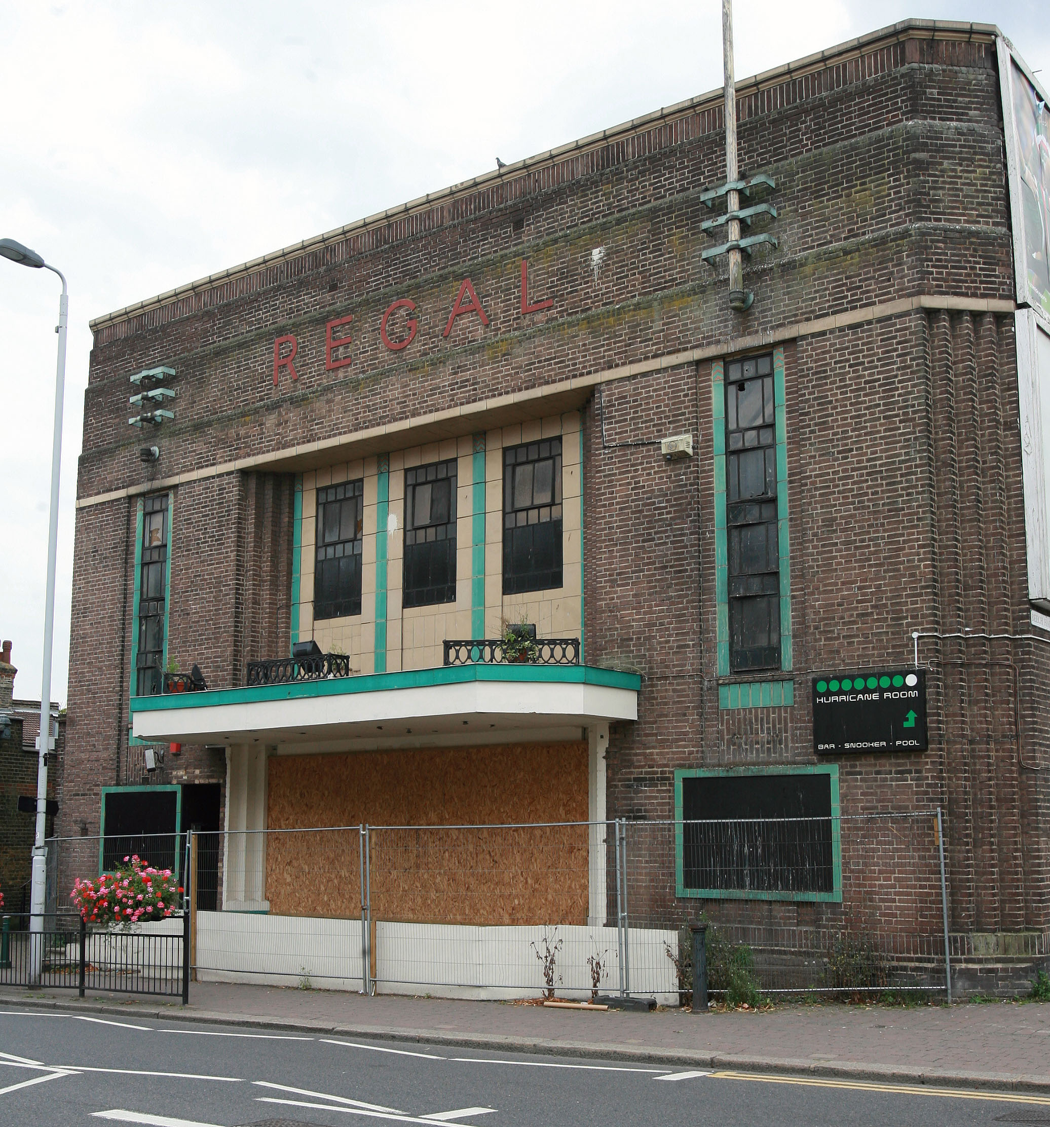 Plans to transform the old Regal in Highams Park into a Curzon arthouse cinema (From East London and West Essex Guardian Series)