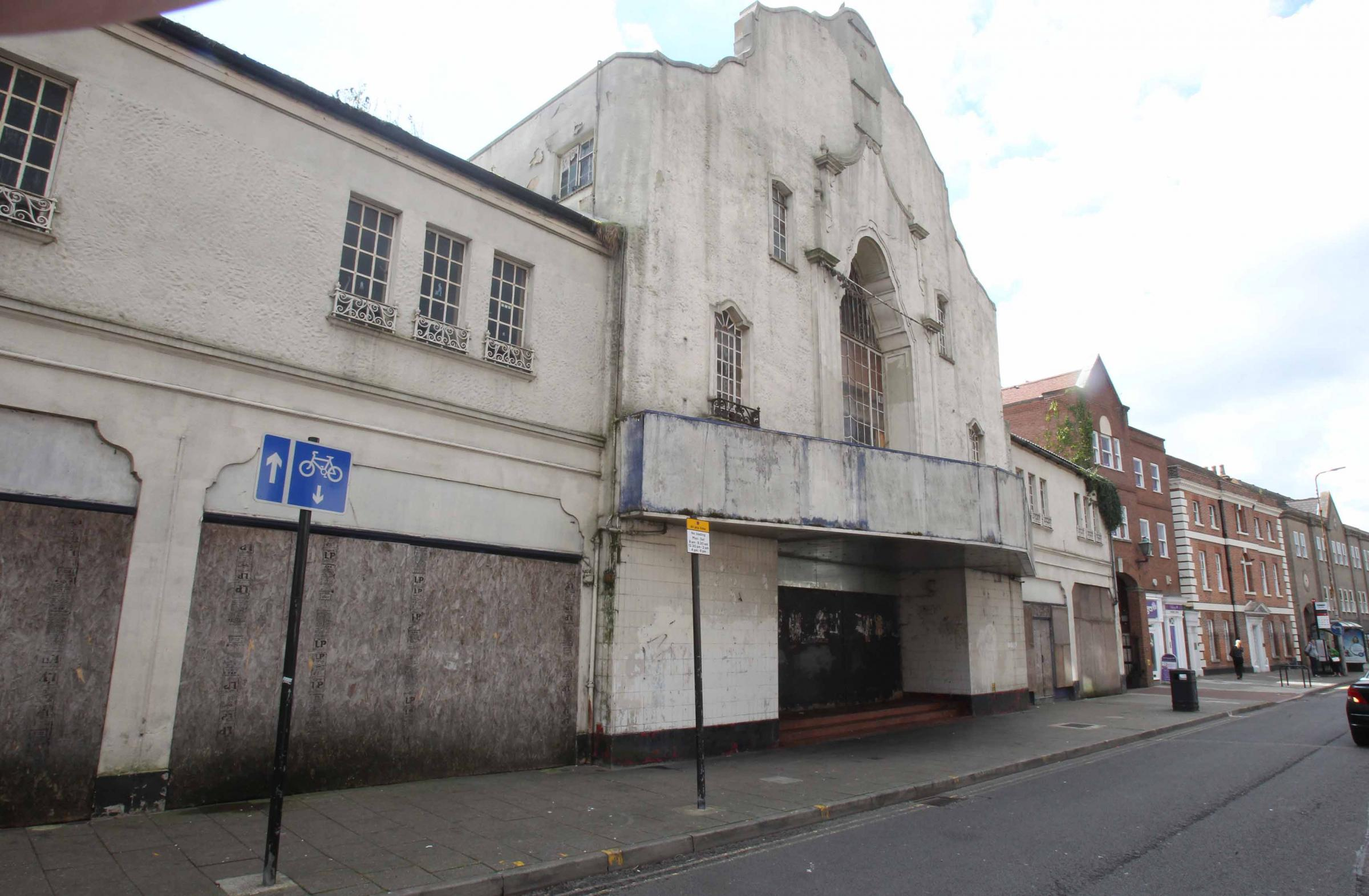 Apartment plans for Crouch Street Odeon tipped for approval by council officers   Gazette