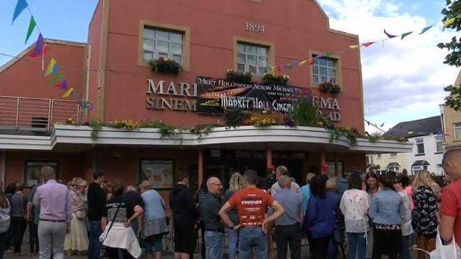 Brynmawr Market Hall Cinema £100k demand 'would bankrupt it' – BBC News